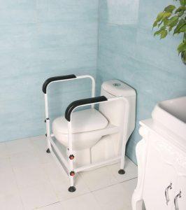 فرم دور توالت فرنگی جهت بلند شدن اسان تر سالمندان از روی توالت فرنگی